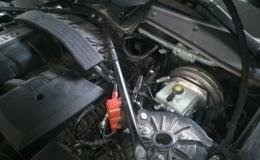wymiana świec zapłonowych BMW 520i